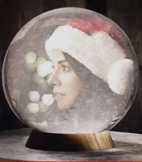 ����� ����� Christina Perri�� Something About December